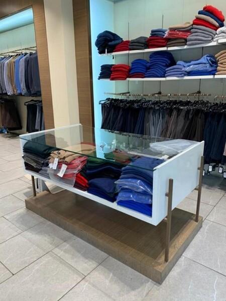 9#6145 Arredi ed attrezzature da negozio di abbigliamento in vendita - foto 7