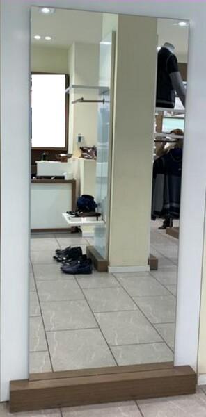 9#6145 Arredi ed attrezzature da negozio di abbigliamento in vendita - foto 12