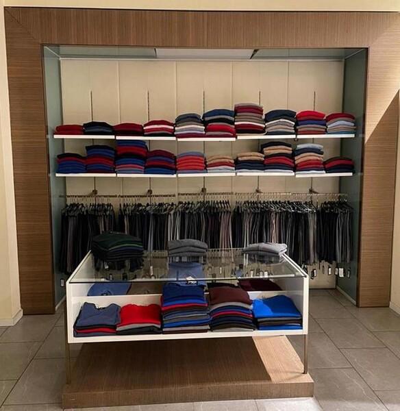 9#6145 Arredi ed attrezzature da negozio di abbigliamento in vendita - foto 20