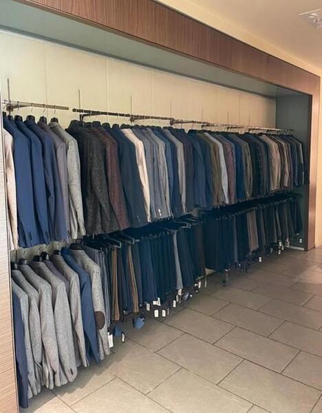 9#6145 Arredi ed attrezzature da negozio di abbigliamento in vendita - foto 22