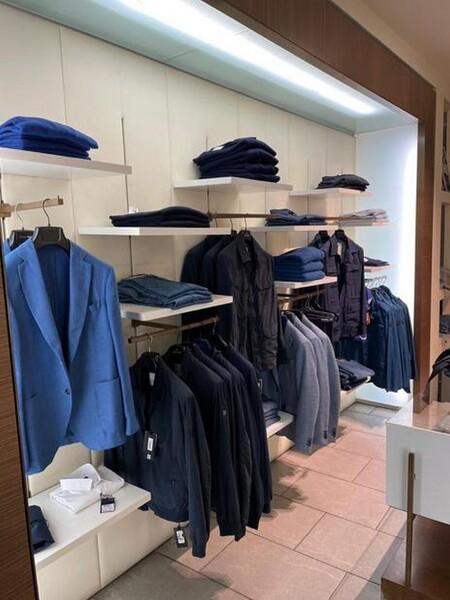 9#6145 Arredi ed attrezzature da negozio di abbigliamento in vendita - foto 23