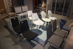 Calligaris chairs - Lot 19 (Auction 6151)