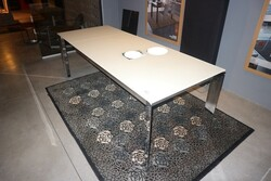 Calligaris table - Lot 32 (Auction 6151)