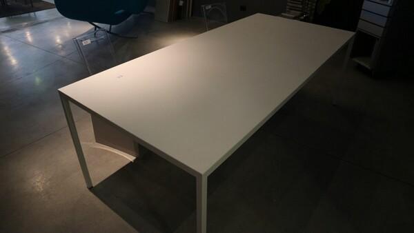53#6151 Tavolo Calligaris e sedie in vendita - foto 1