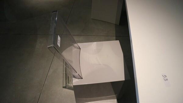 53#6151 Tavolo Calligaris e sedie in vendita - foto 5