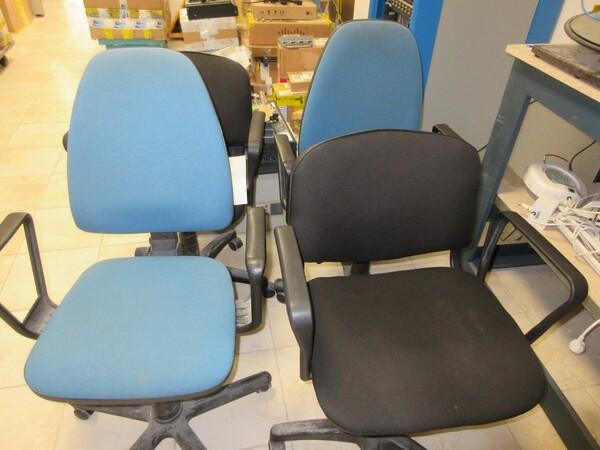 1#6158 Arredi ufficio e attrezzature da laboratorio in vendita - foto 21