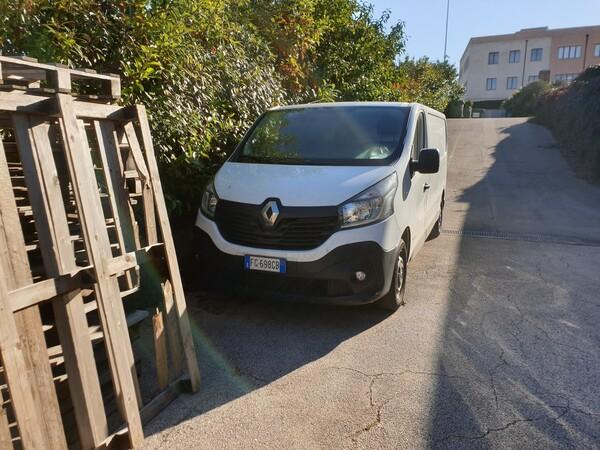 12#6164 Autocarro Renault Trafic in vendita - foto 2