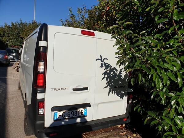 12#6164 Autocarro Renault Trafic in vendita - foto 3