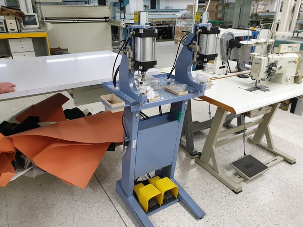 3#6164 Macchine da cucire e per le confezioni tessili in vendita - foto 86