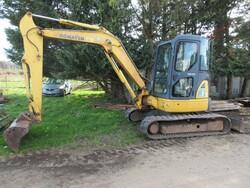 Komatsu mini excavator - Lot 10 (Auction 6166)