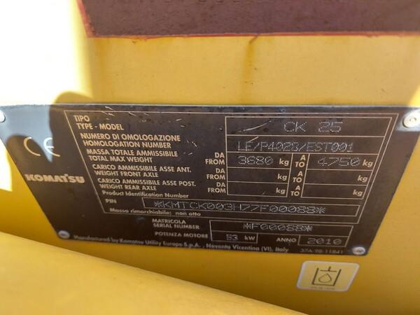 14#6166 Minipala Komatsu CK25 in vendita - foto 2