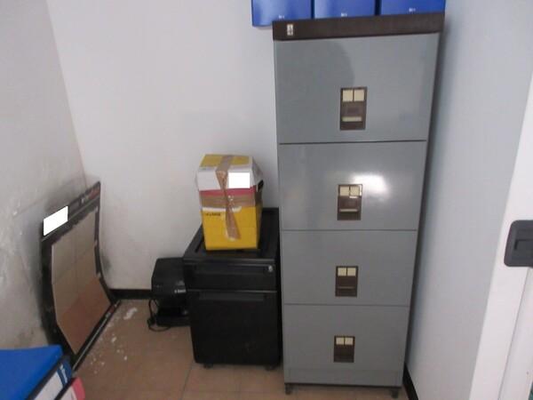 16#6166 Arredi e attrezzature da ufficio in vendita - foto 6