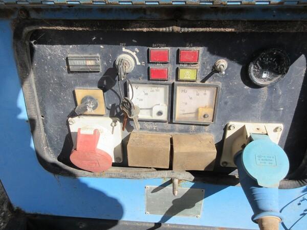 17#6166 Trapano Hilti e attrezzature edili in vendita - foto 92