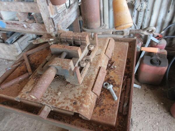 17#6166 Trapano Hilti e attrezzature edili in vendita - foto 143