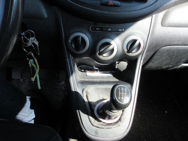 8#6166 Autovettura Hyundai I10 in vendita - foto 16