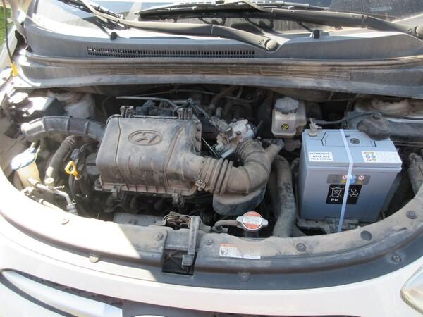 8#6166 Autovettura Hyundai I10 in vendita - foto 18