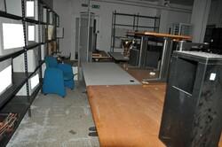 Metal shelving and office furniture - Lote 4 (Subasta 6172)