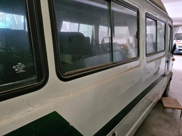 11#6173 Autoveicolo per trasporto persone 9 posti Mercedes Benz 307 in vendita - foto 3