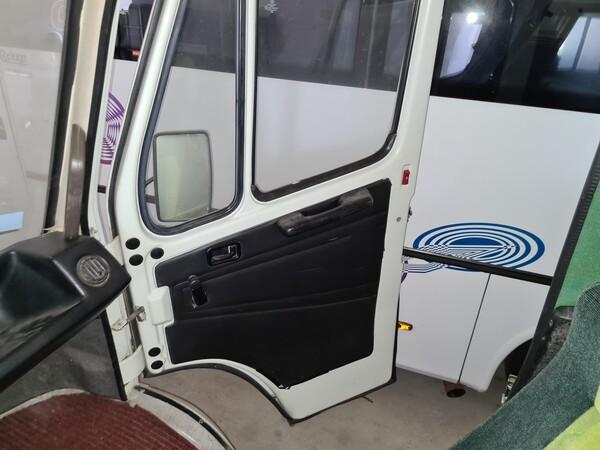 11#6173 Autoveicolo per trasporto persone 9 posti Mercedes Benz 307 in vendita - foto 9