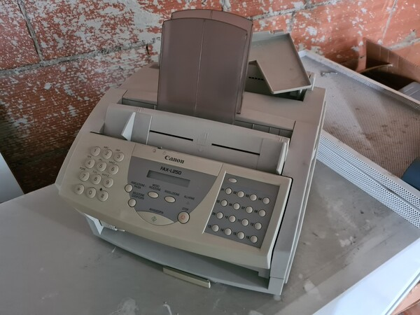16#6173 Arredi e macchine elettroniche da ufficio in vendita - foto 8