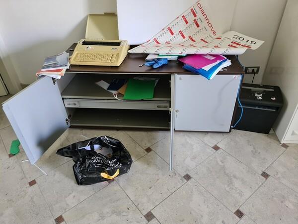 16#6173 Arredi e macchine elettroniche da ufficio in vendita - foto 16
