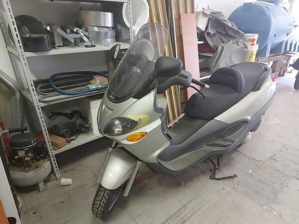 4#6180 Scooter Piaggio XP in vendita - foto 1