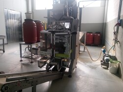 Vertical packaging machine for x000D olives - Lot 4 (Auction 6184)