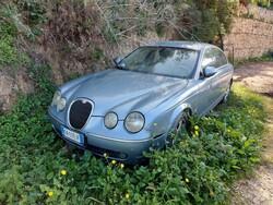 Autovettura Jaguar S-Type - Lotto 2 (Asta 6188)
