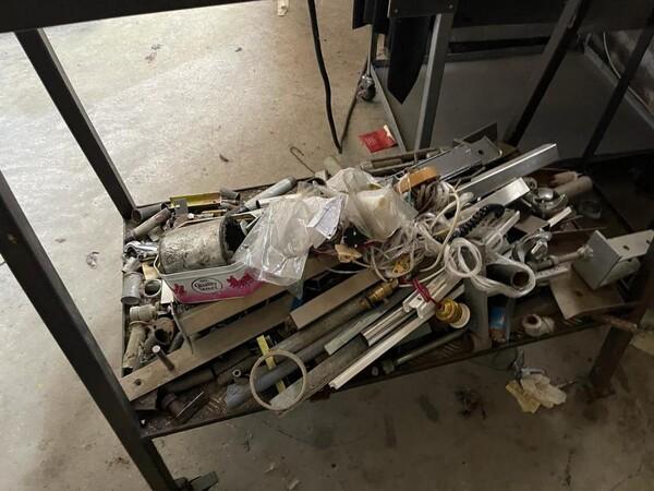 10#6196 Attrezzatura da officina e pressa per rifiuti in vendita - foto 11