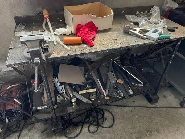10#6196 Attrezzatura da officina e pressa per rifiuti in vendita - foto 13