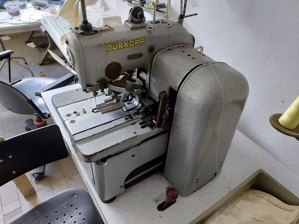 2#6201 Macchinari tessili e arredamento ufficio in vendita - foto 12