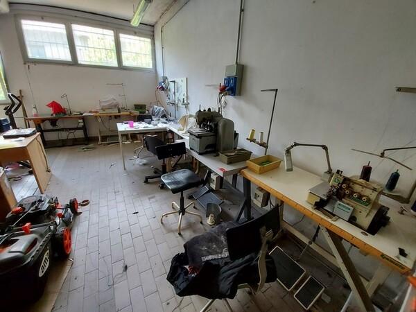 2#6201 Macchinari tessili e arredamento ufficio in vendita - foto 16