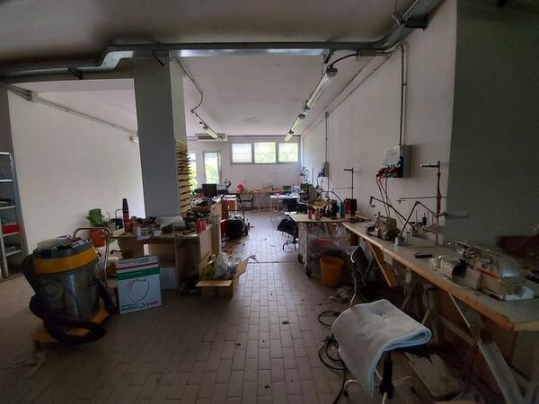 2#6201 Macchinari tessili e arredamento ufficio in vendita - foto 17