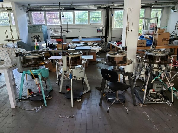 2#6201 Macchinari tessili e arredamento ufficio in vendita - foto 24