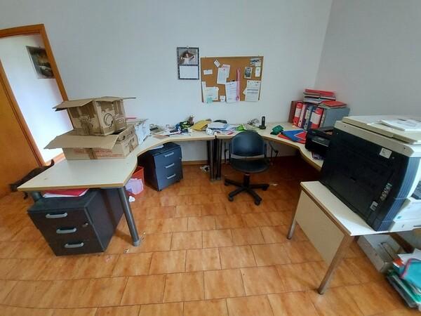 2#6201 Macchinari tessili e arredamento ufficio in vendita - foto 80