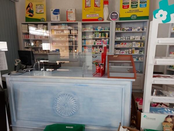 1#6204 Arredi per farmacia in vendita - foto 2