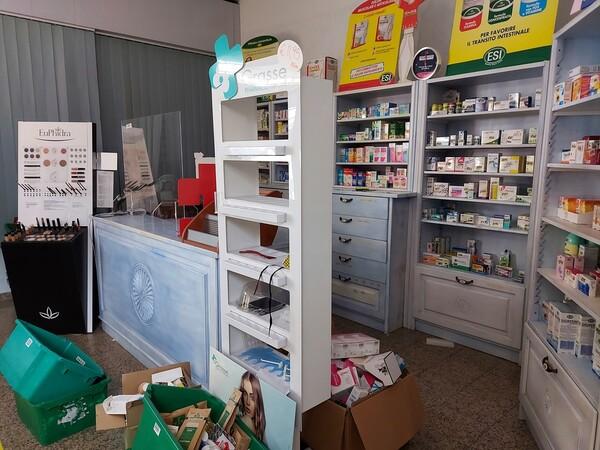 2#6204 Parafarmaci e prodotti da banco in vendita - foto 8
