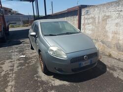 Fiat Punto car - Lot 10 (Auction 6208)