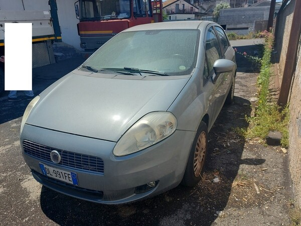 10#6208 Autovettura Fiat Punto in vendita - foto 2