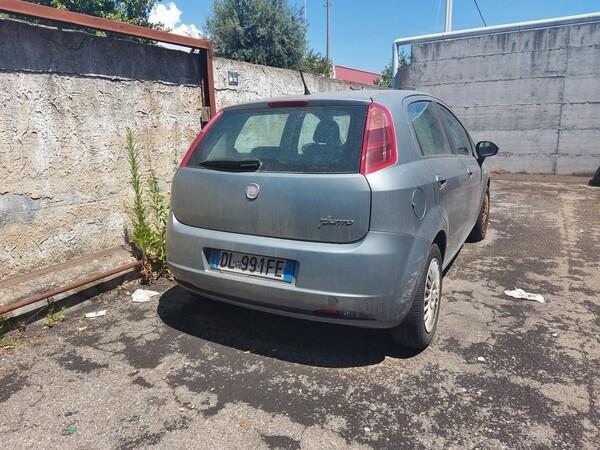 10#6208 Autovettura Fiat Punto in vendita - foto 4