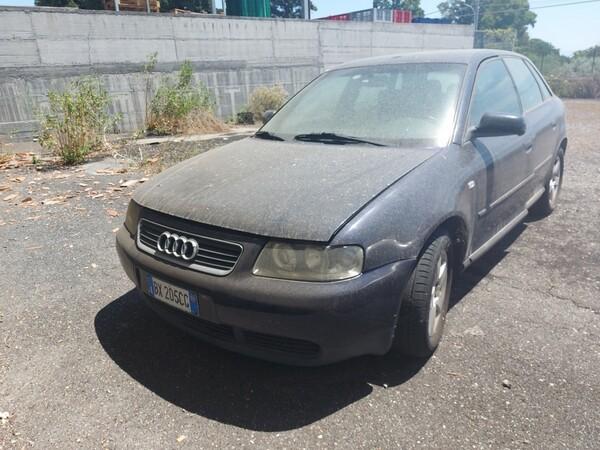 12#6208 Autovettura Audi A3 in vendita - foto 1