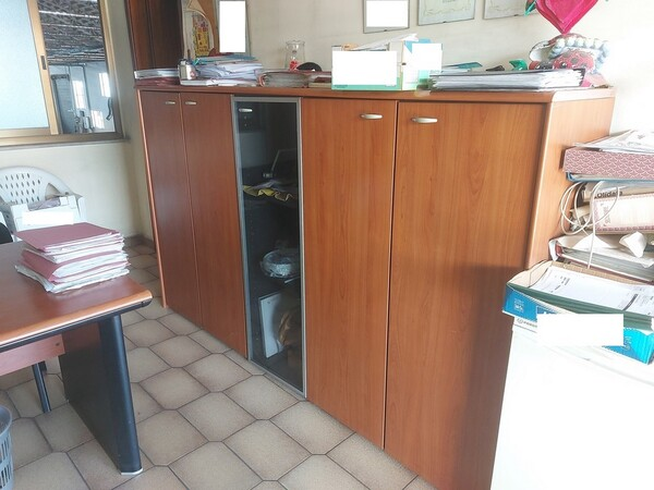 2#6208 Arredamento ufficio in vendita - foto 1