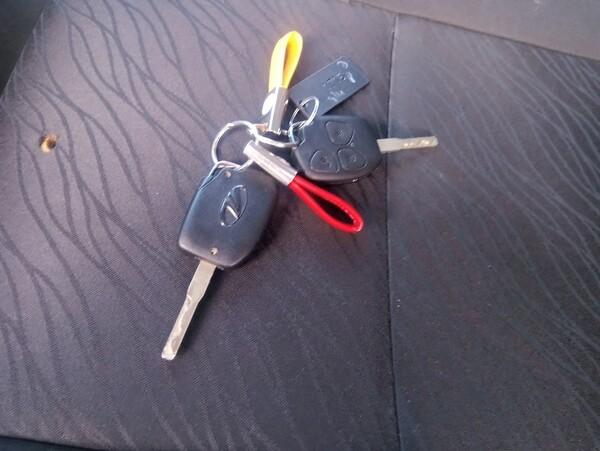 2#6213 Automobile Mahindra in vendita - foto 3