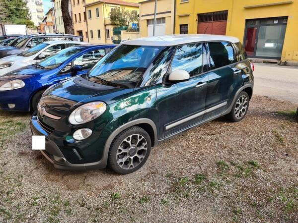 1#6215 Autovettura Fiat 500L in vendita - foto 1