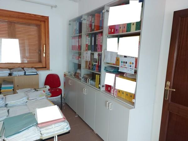 6#6219 Arredi e attrezzature da ufficio in vendita - foto 5