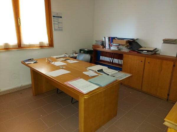 6#6219 Arredi e attrezzature da ufficio in vendita - foto 9