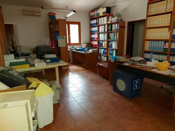 6#6219 Arredi e attrezzature da ufficio in vendita - foto 22