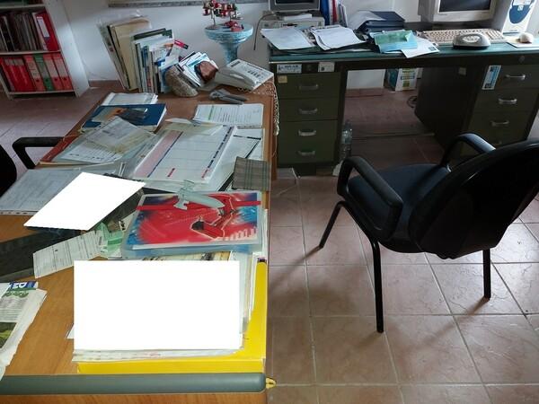 6#6219 Arredi e attrezzature da ufficio in vendita - foto 43