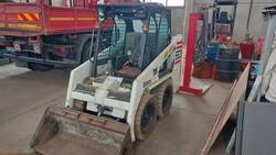 Bobcat 553E skid steer loader - Lot 25 (Auction 6222)