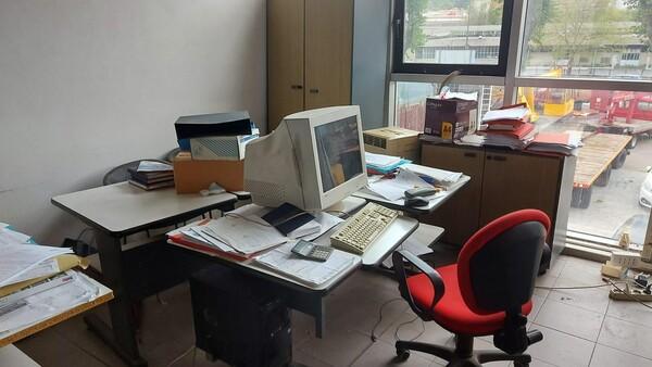 43#6222 Arredi ed attrezzature da ufficio in vendita - foto 6
